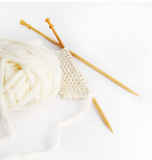 Knitting needles with a started project